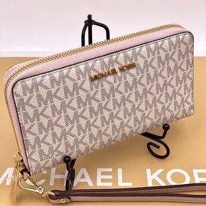 Michael Kors Flat Wallet Phone Case Wristlet